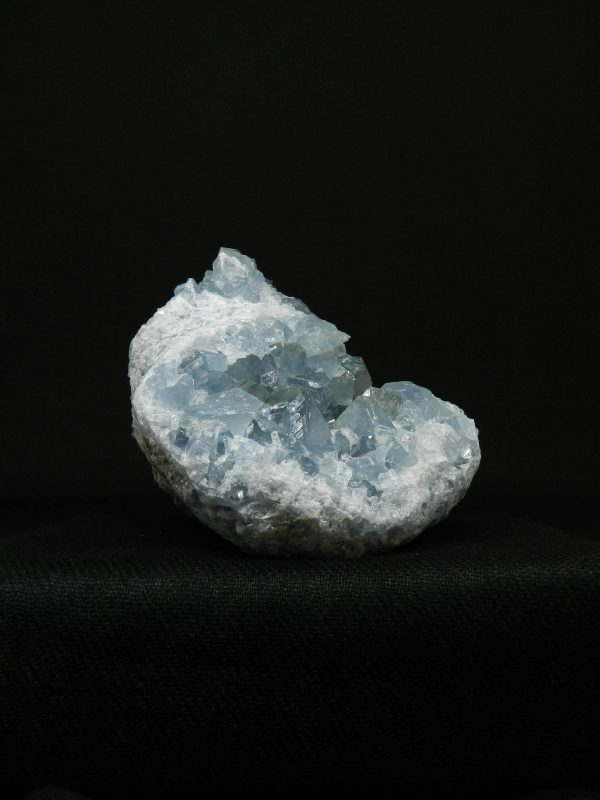 Side image of Celestite