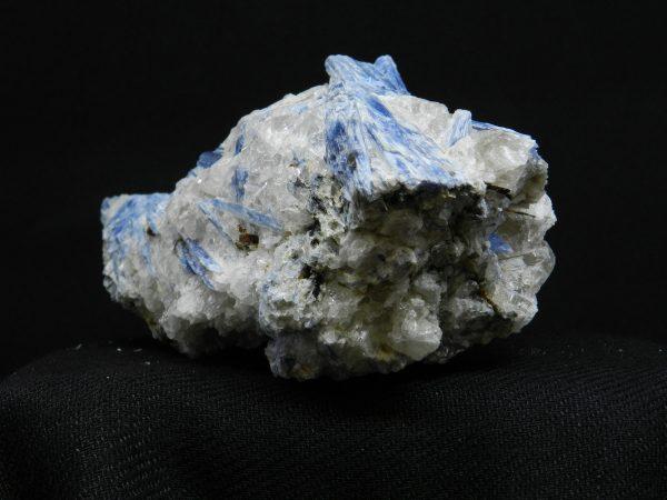 Image of long side of Blue Kyanite