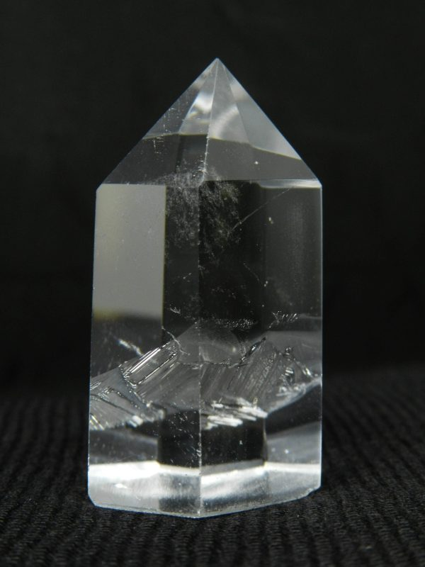 Close up image of Quartz crystal