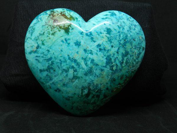 Close up of Shattuckite Heart