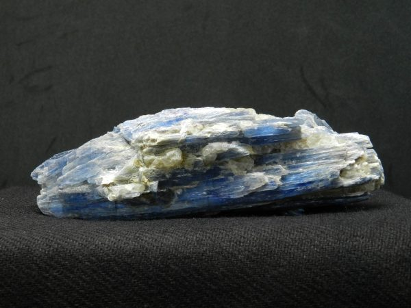 Close up of Blue Kyanite