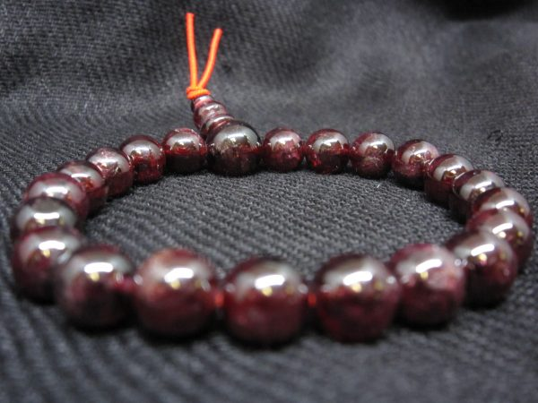 Garnet Power Bracelet image rear focus