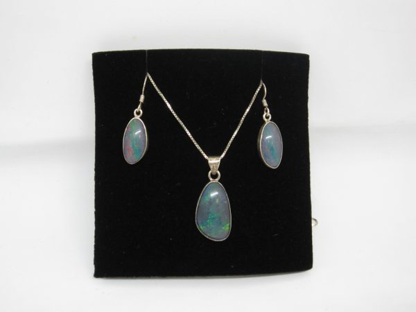 Opal earrings and pendant set