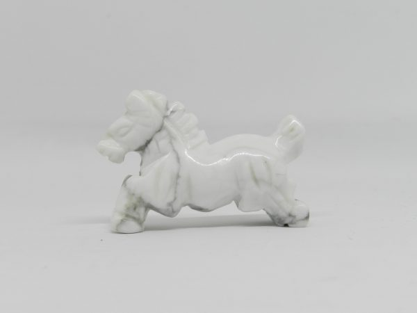 Side view of Howlite Horse